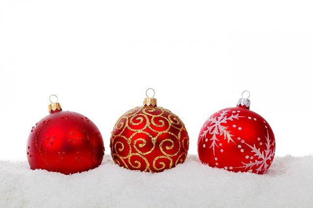christmas-ball-314956_640
